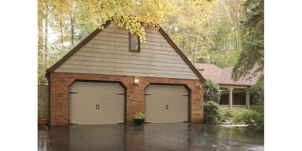 1 3 8 Insulated Medium Duty Garage Door With