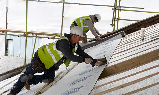 Insulating-Lofts-Roofs-Floors-Roof-Installation