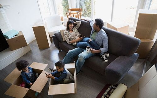 Moving-boxes-family-living-room_featured